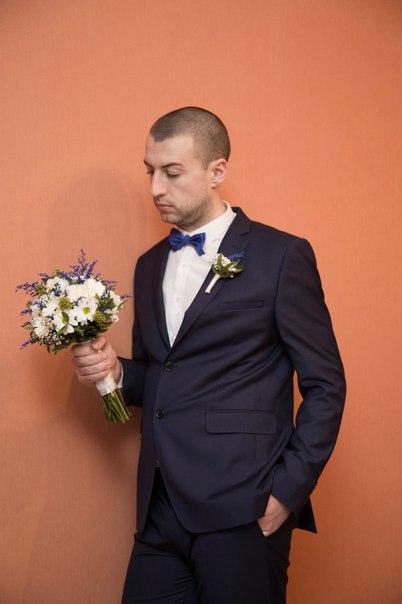Свадьба фото Фотограф Марина Праздничная Артем Бездольный Киев утро жениха