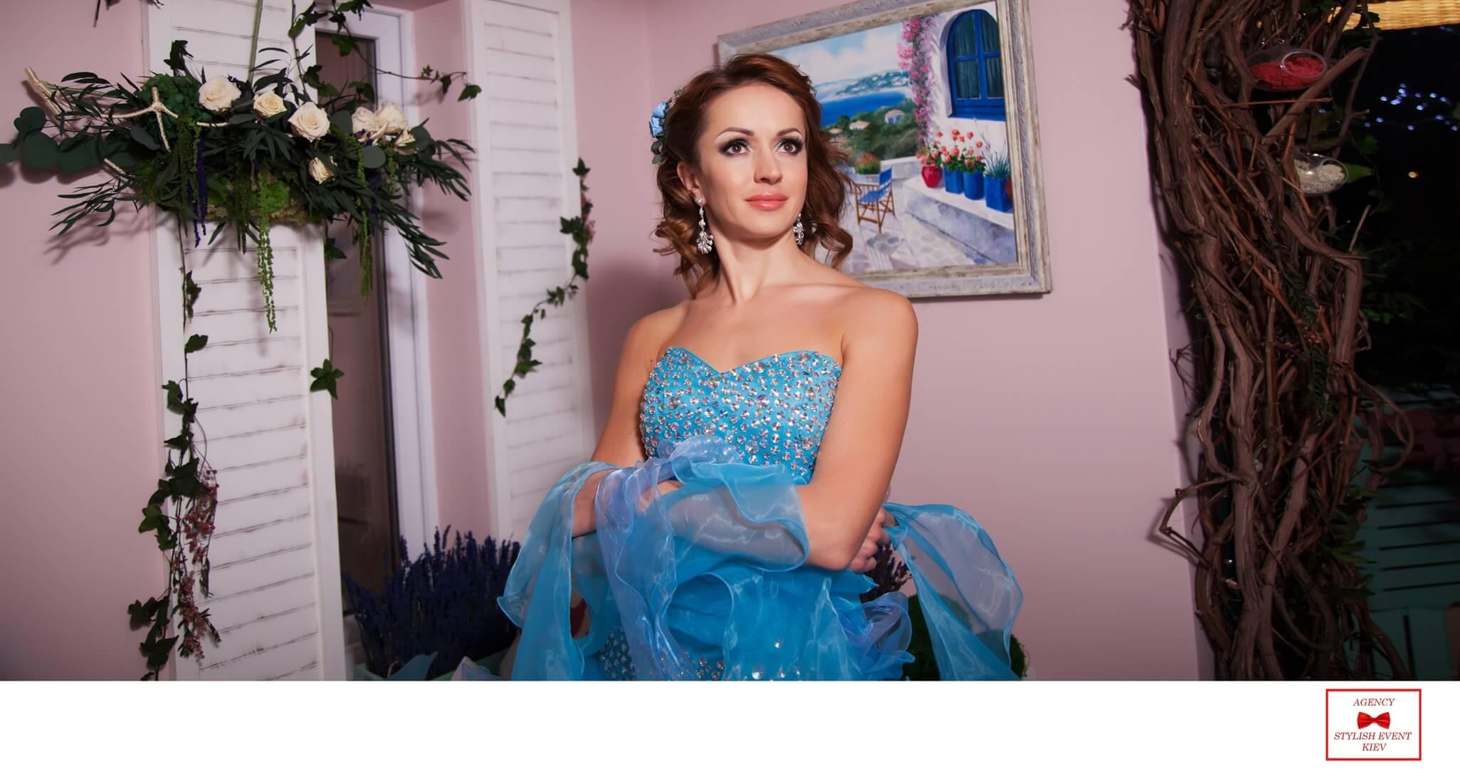 Фотосессии девушек Фототораф Киев Марина Праздничная Артем Бездольный