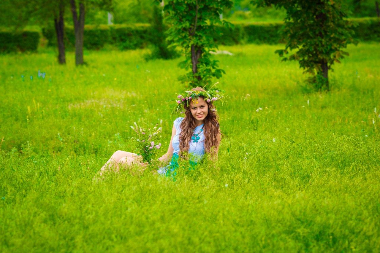 Позы для фотосессий на природе весной идеи фото