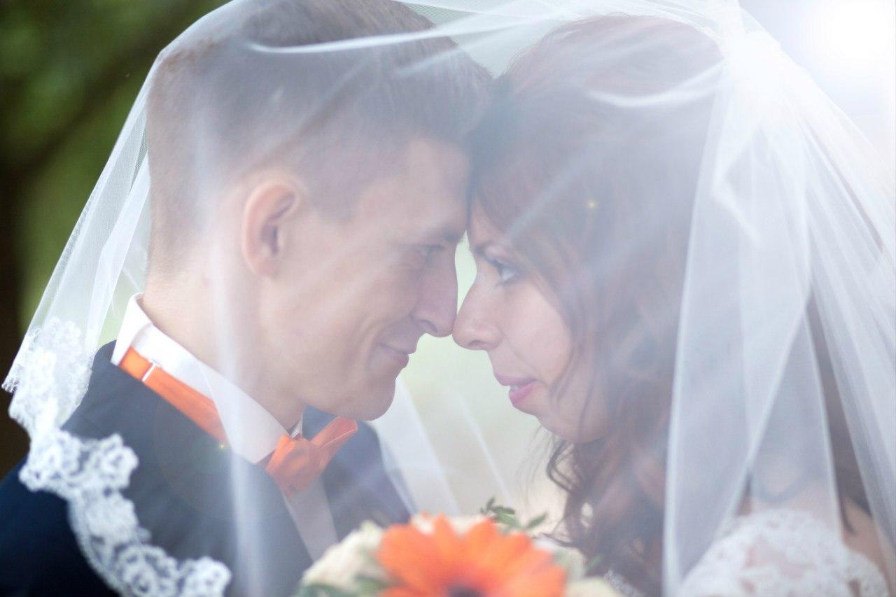 оранжевая свадьба фотограф Марина Праздничная свадебное фото (18)