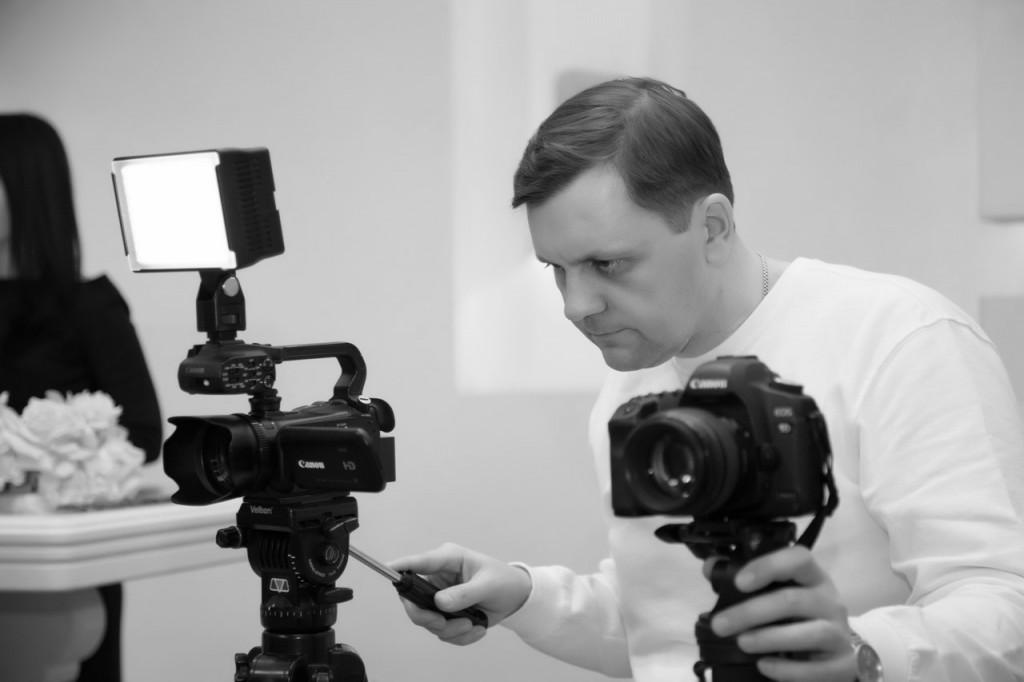 фотограф видеооператор Киев Артем Бездольный