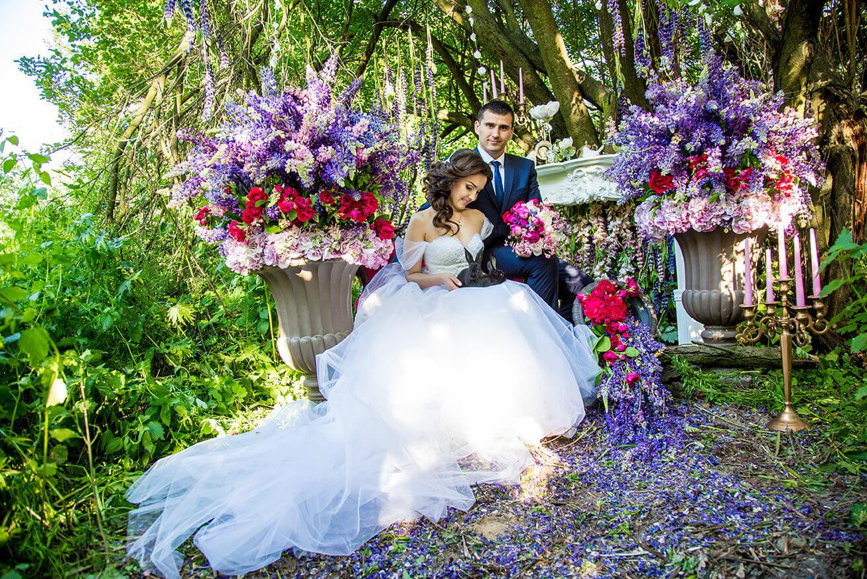 Оформление цветами дорожек в саду фото