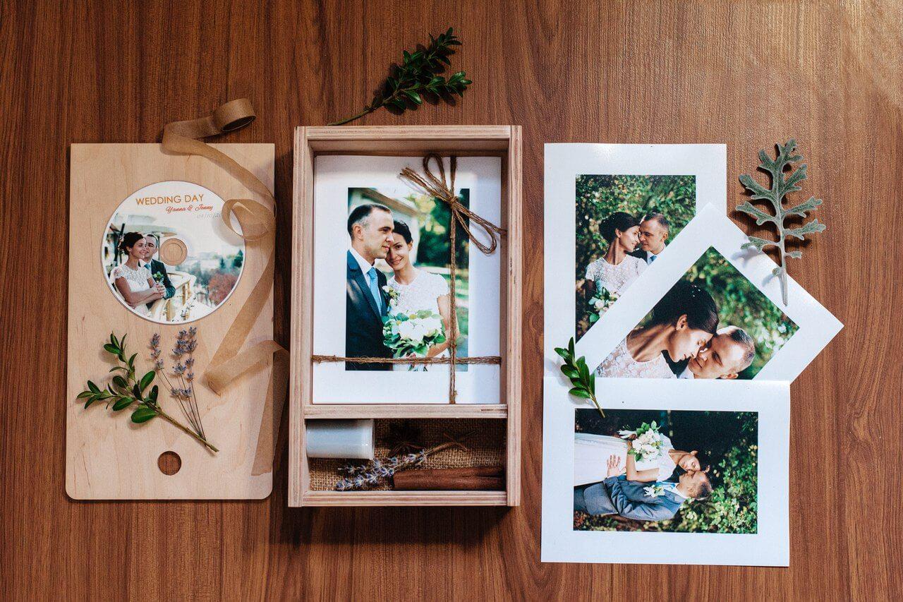 Коробочка для фото и флешки на свадьбу