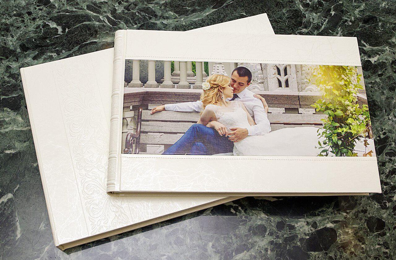 белая кожанная свадебная фотокнига фотоальбом (3)