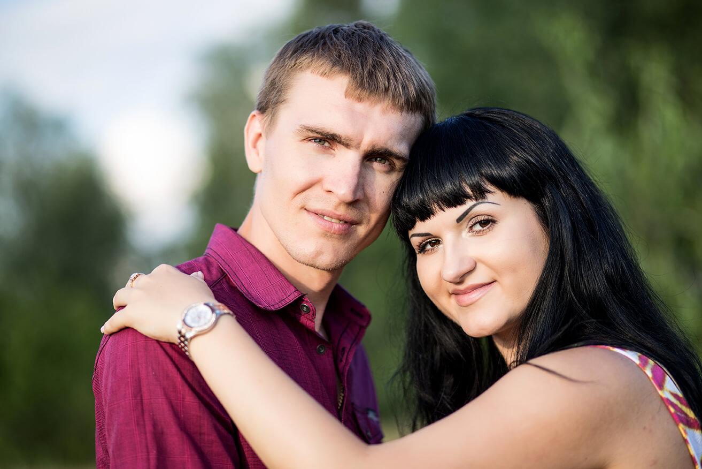 фотосессия в поле беременной Киев траве природе фотограф для беременной