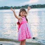 фотосессия на пляже  у воды детская для девочки (1)