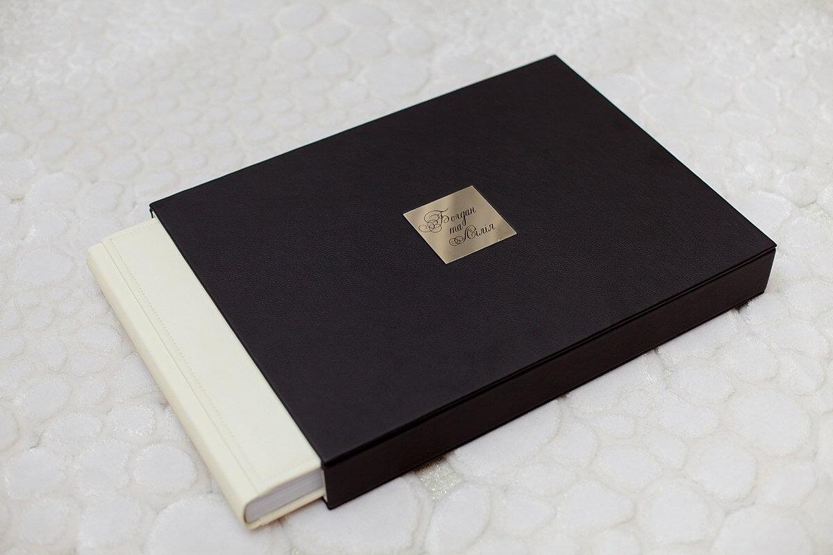 черно белая свадебная книга кожанная кожзам