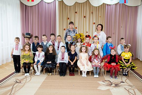 fotograf-na-prazdnik-oseni-novyj-god-8-marta-v-detskij-sad