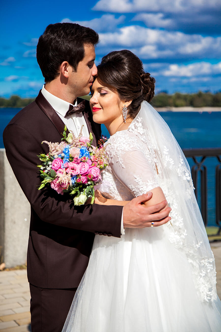1-svadebnoe-foto-kiev-svadebnaja-progulka-mesta-dlja-svadebnoj-fotosessii-10