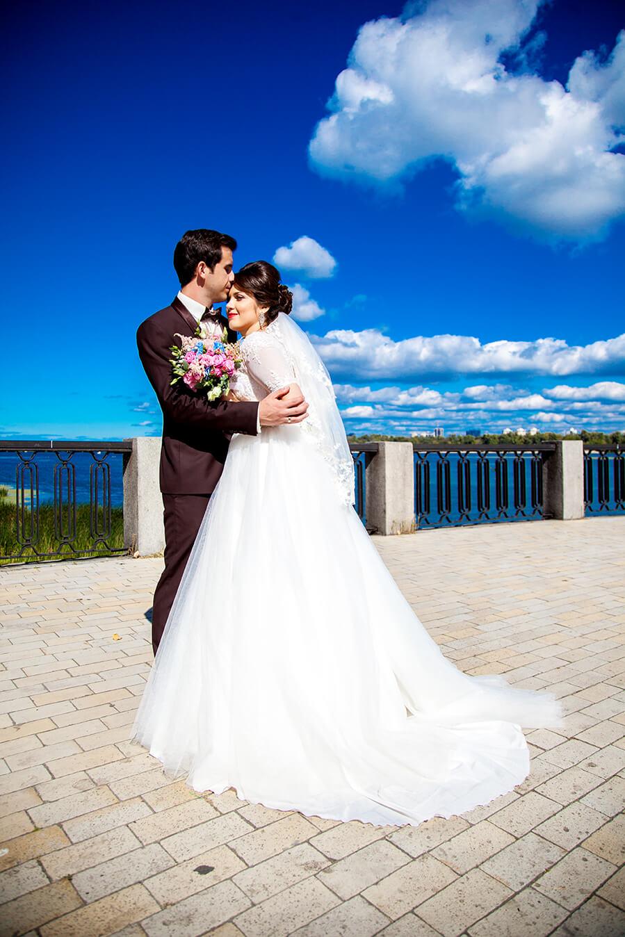 1-svadebnoe-foto-kiev-svadebnaja-progulka-mesta-dlja-svadebnoj-fotosessii-11