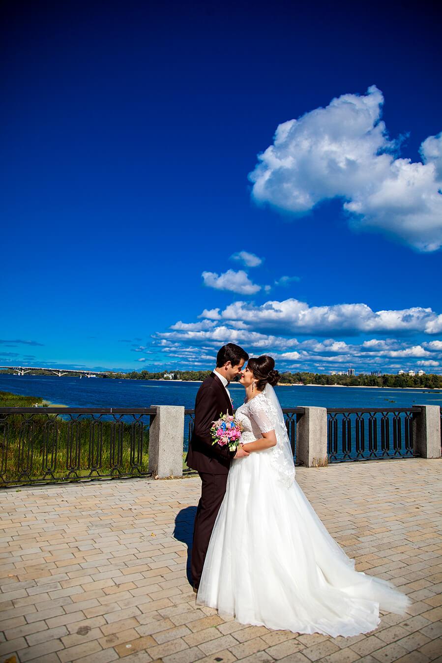1-svadebnoe-foto-kiev-svadebnaja-progulka-mesta-dlja-svadebnoj-fotosessii-8