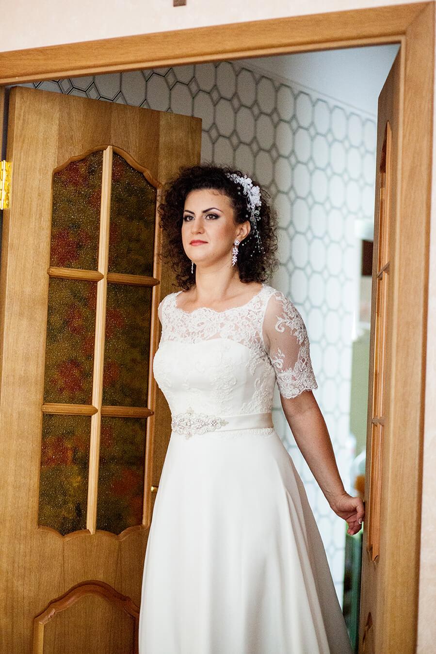 2-svadebnyj-fotograf-videooperator-svadebnoe-foto-utro-nevesty-idei-kiev-3