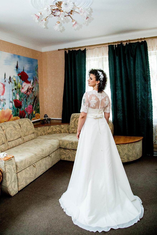 2-svadebnyj-fotograf-videooperator-svadebnoe-foto-utro-nevesty-idei-kiev-6