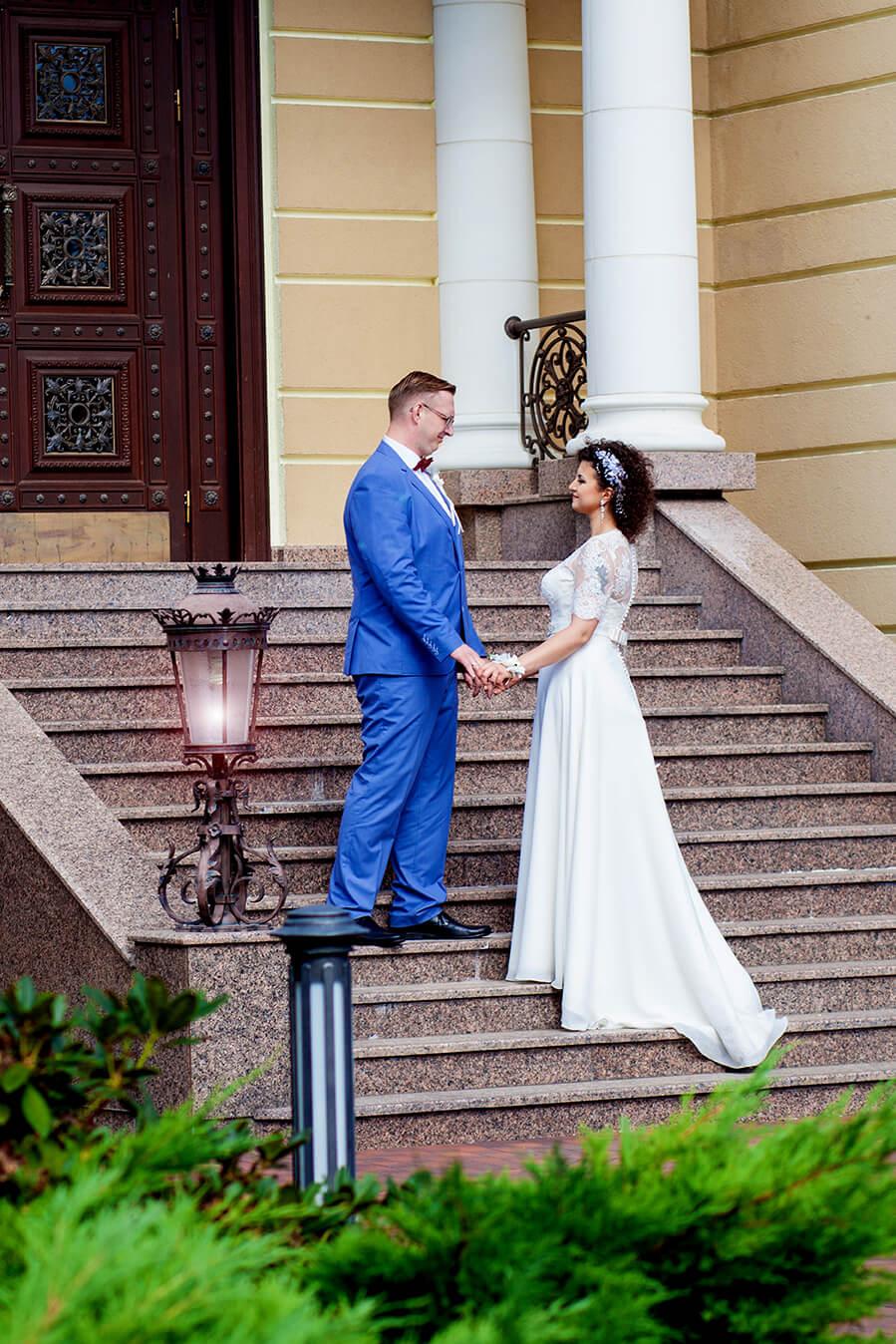 3-svadebnyj-fotograf-videooperator-svadebnoe-foto-idei-kiev-21