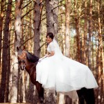 4-svadebnaja-fotosessija-na-konjah-1