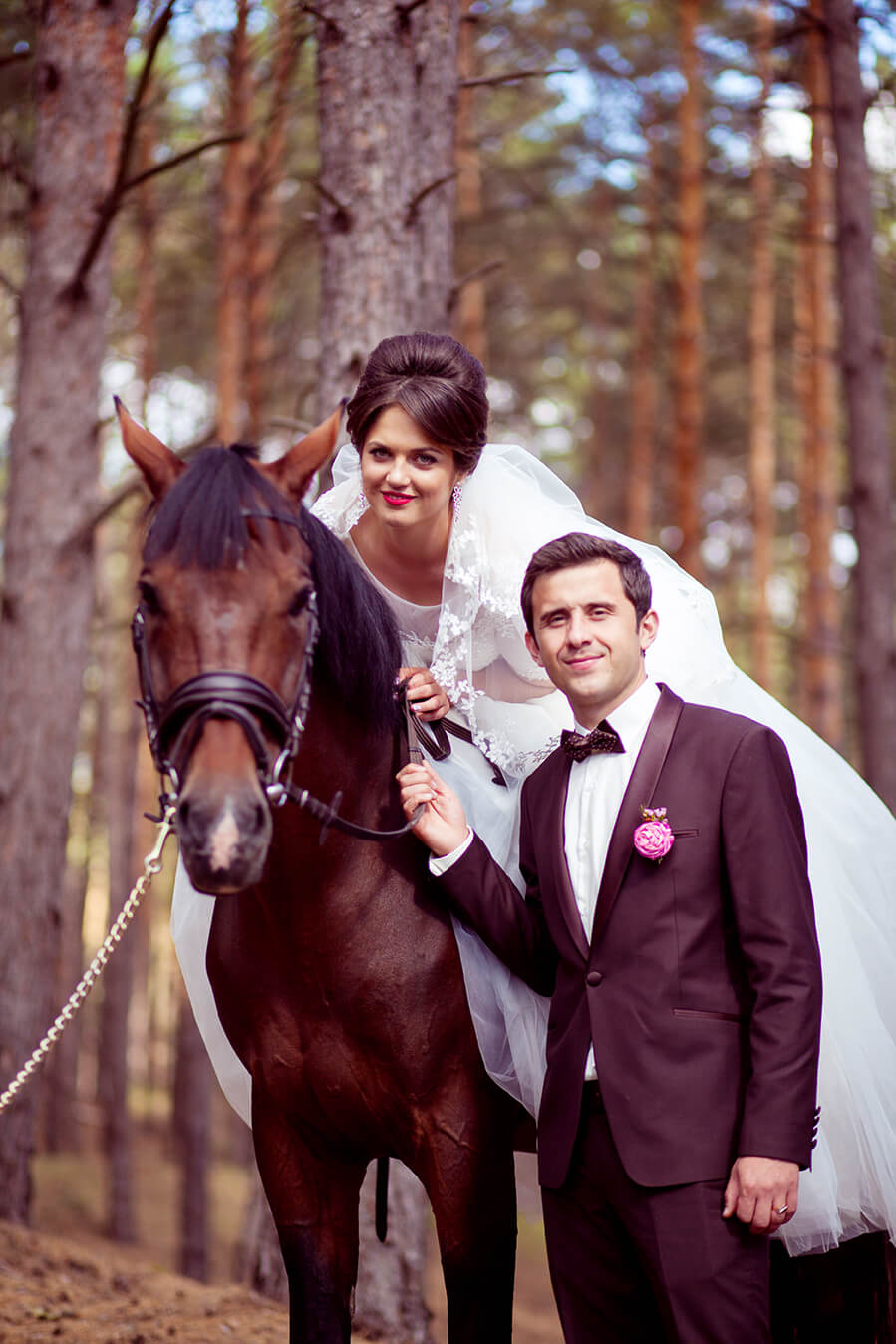 4-svadebnaja-fotosessija-na-konjah-3