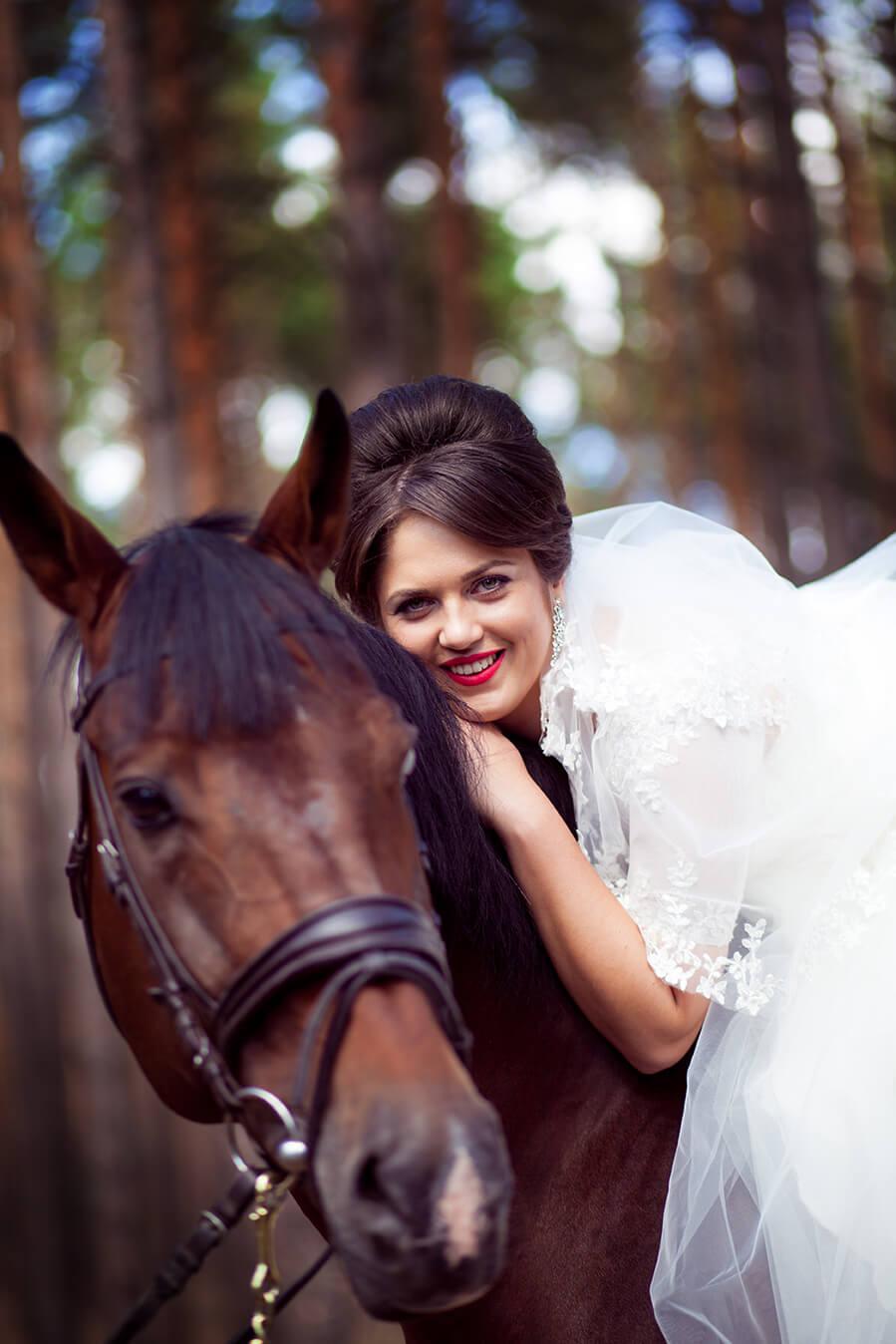 5-osennjaja-vesennjaja-svadebnaja-fotosessija-s-loshadmi-fotograf-kiev-1