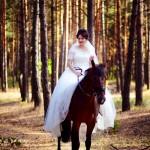 5-osennjaja-vesennjaja-svadebnaja-fotosessija-s-loshadmi-fotograf-kiev-3