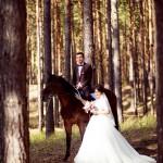 5-osennjaja-vesennjaja-svadebnaja-fotosessija-s-loshadmi-fotograf-kiev-8