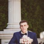 svadebnaja-fotosessija-v-mezhigore-fotograf-kiev-svadebnye-pozy-buket-13