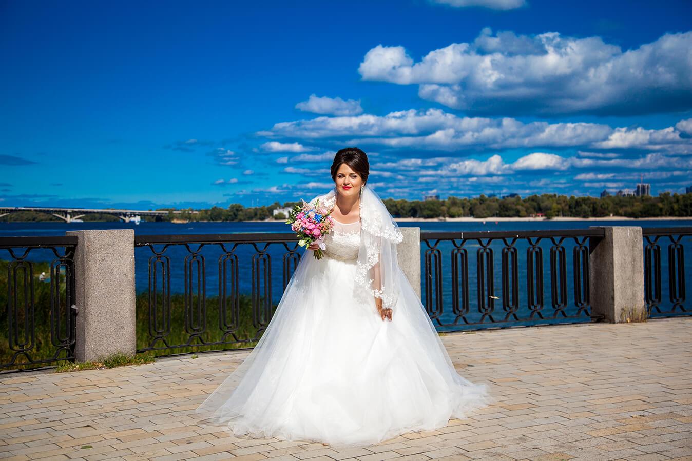 svadebnyj-fotograf-videooperator-kiev-svadebnaja-progulka-mesta-dlja-svadebnoj-fotosessii-2