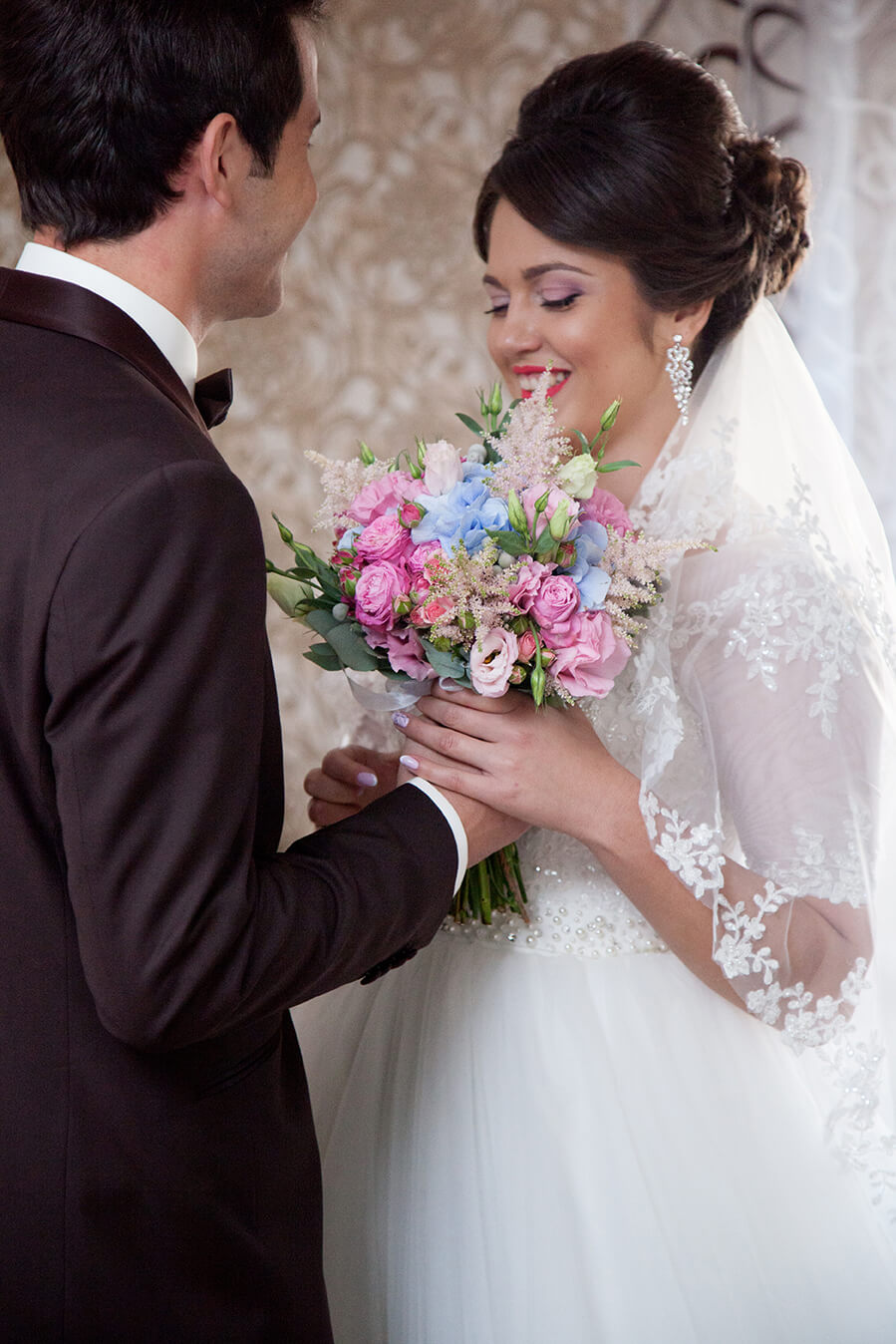 vykup-vstrecha-zheniha-i-nevesty-svadebnoe-foto-fotograf-kiev-1