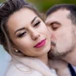 fotograf-na-svadbu-kiev-svadebnoe-foto-v-mezhigore-osen-osennjaja-svadba-pozy-dlja-svadebnogo-foto-idei-86