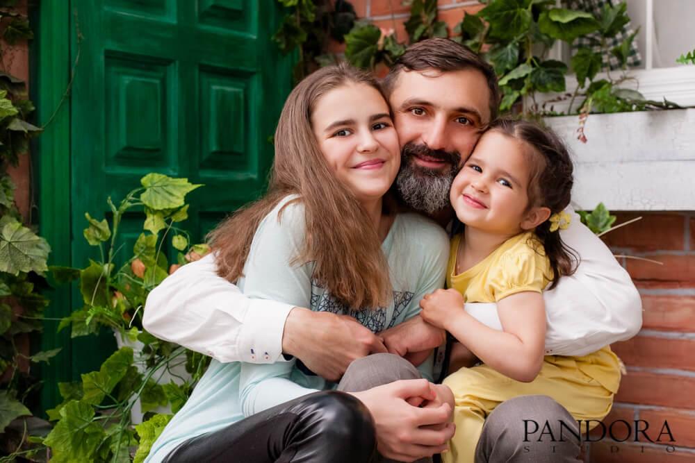 fotostudija-pandora-kiev-biznes-portret-fotograf-dlja-zhenskaja-muzhskaja-detskaja-fotosessija-modelnaja-love-story-beremennost-1