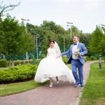 11 svadebnaja progulka v Mezhigor'e fotograf kiev fotograf na svad'bu (6)