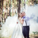 svadebnye foto s dymovymi shashkami fotosessija s dymovoj shashkoj (5)