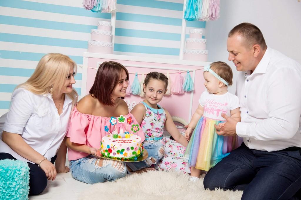 fotosessija s tortom na godik (2)