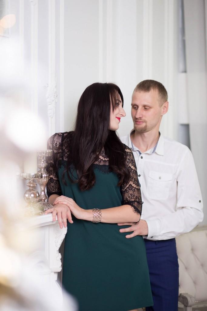 novogodnjaja studijnaja fotosessija pervyj godik dlja devochki kiev (15)