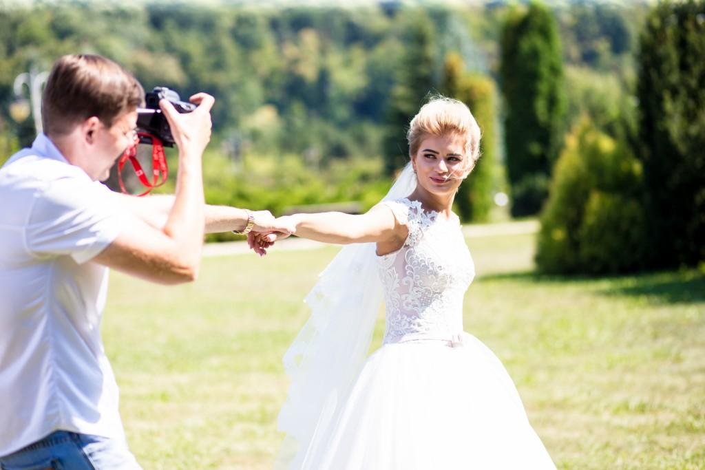 videooperator na svad'bu Kiev s#emka svad'by zakazat' Artem Bezdol'nyj (1)