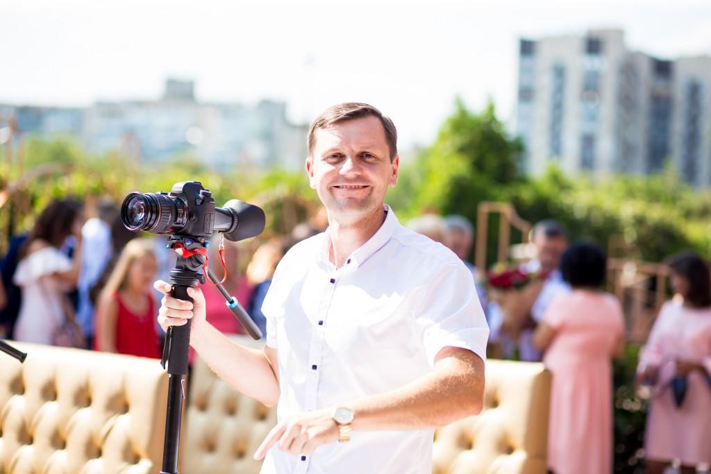 zakazat' videooperatora na vyezdnuju ceremoniju videooperator Kiev videooperator v ZAGS Kiev (1)